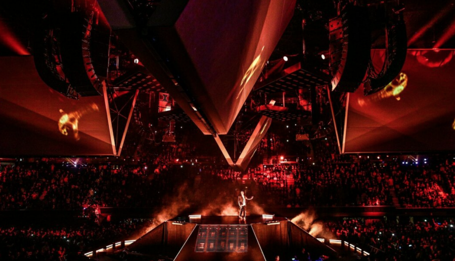 Leading+nominee+Jay-Z+performs+in+Inglewood%2C+CA.+Photo%3A+Twitter%2F%40Jay_Z_Daily
